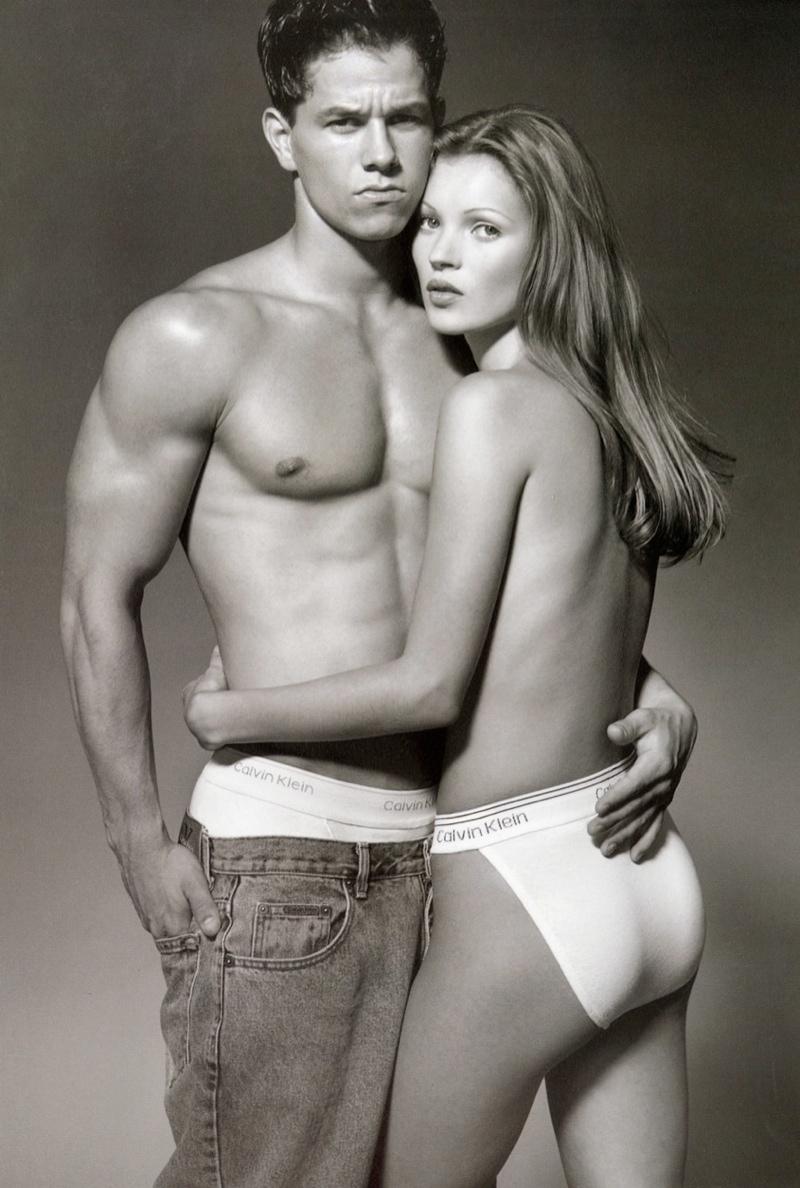 Mark Wahlberg e Kate Moss, na icônica campanha de 1992