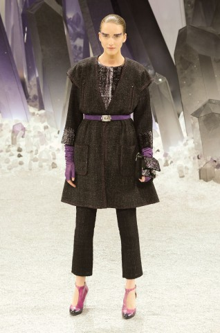 desfile-chanel-paris-inverno2012-103