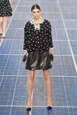 desfile-chanel-paris-verao-2013-100