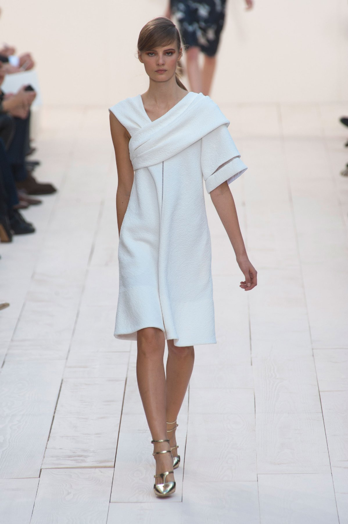 Chloe fashion designer biography 42