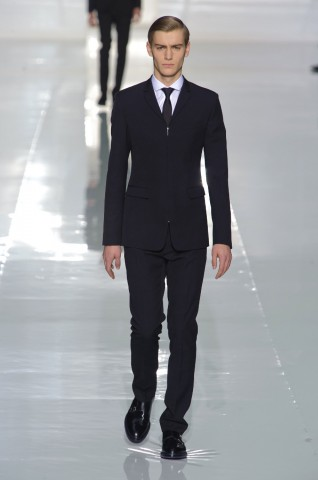 desfile-dior-paris-men-inv2013-01