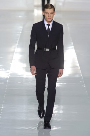 desfile-dior-paris-men-inv2013-02