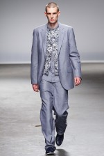 desfile-richard-nicoll-londres-men-inverno2013-01