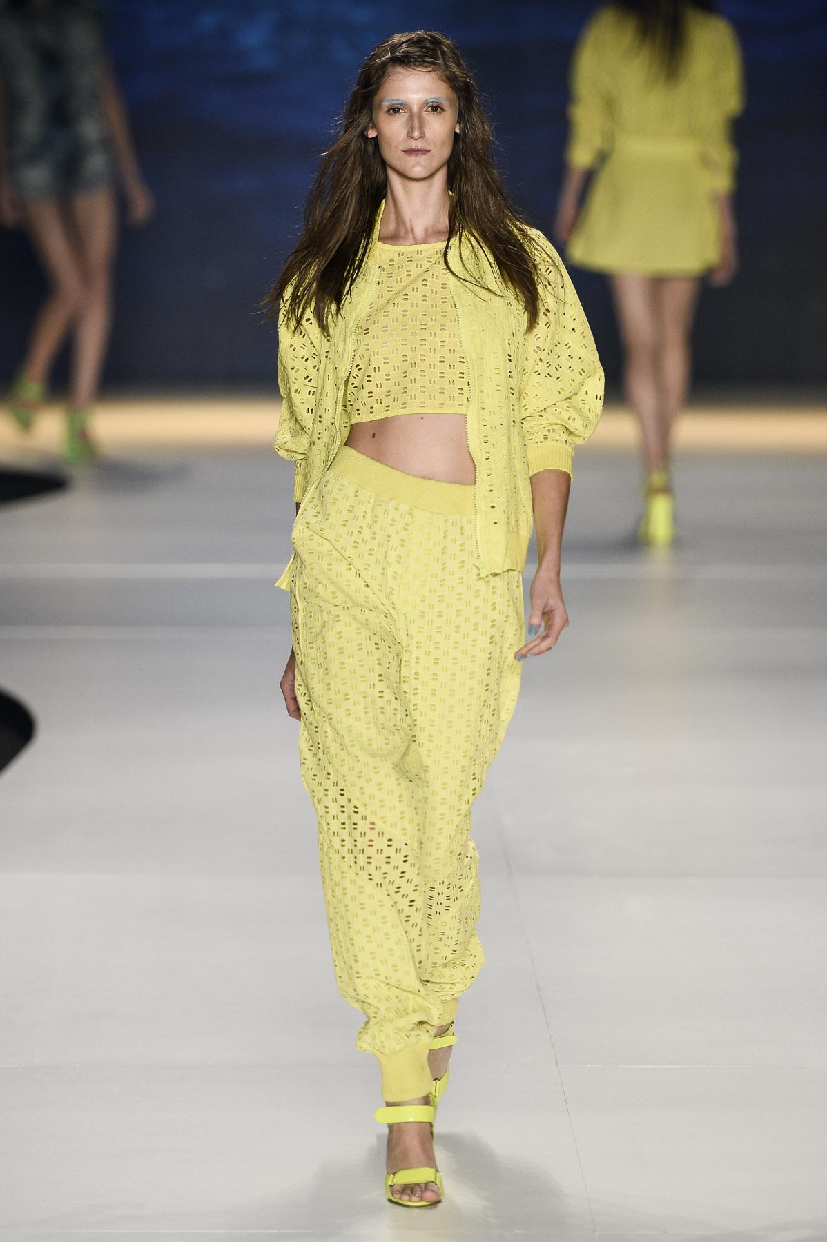 Cole O Coca Cola Clothing Fashion Rio Ver O 2014 Rtw Desfiles Ffw