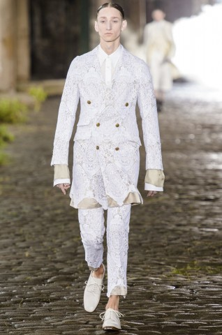 desfile-a-mcqueen-men-london-ss2014-01