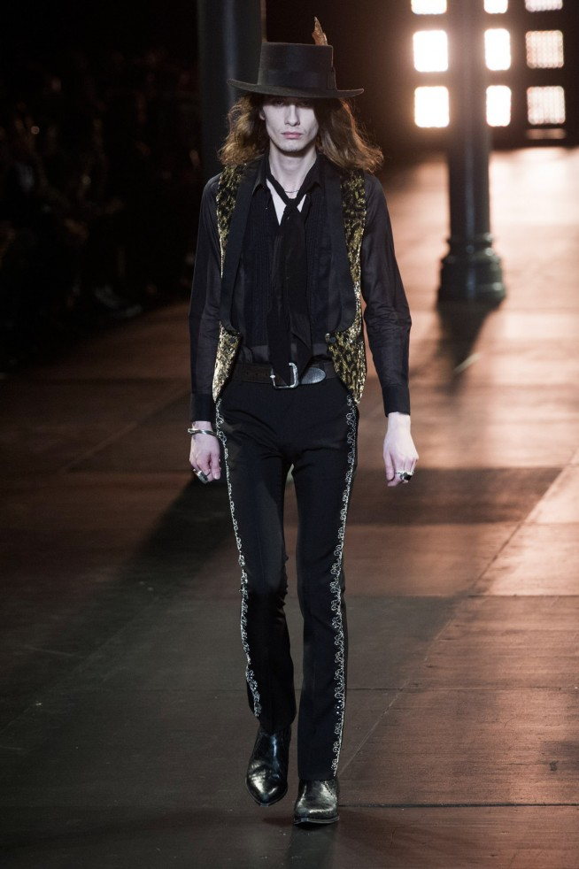 SaintLaurent-verao2015-parismen-53