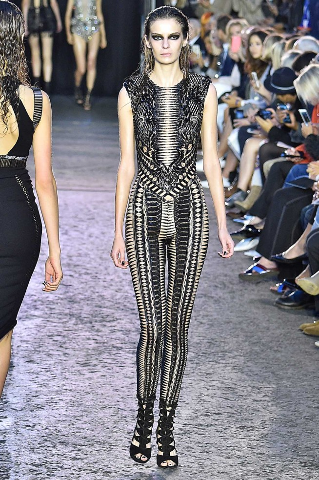 Julien MacDonald-Verao_RTW16_London-3