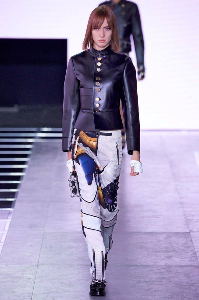 LouisVuitton-Verao_RTW16_Paris-38