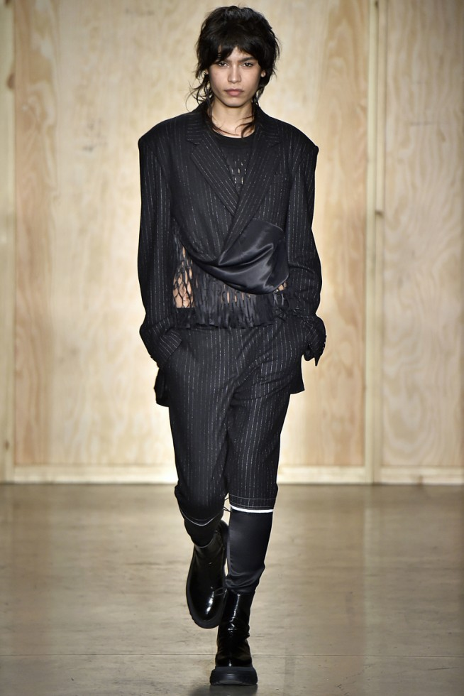 dkn_fw16_001