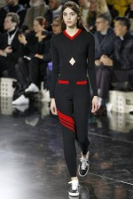 Courreges Paris - Inverno 2016 foto: FOTOSITE