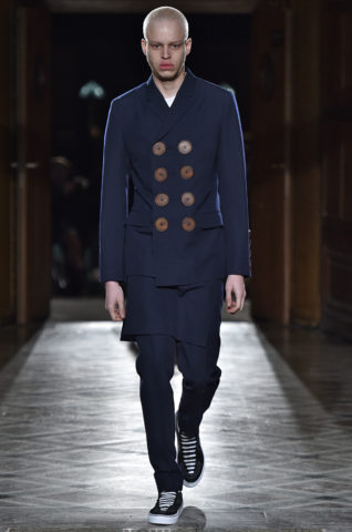 Givenchy Paris Menswear Fall Winter 2017 - January 2017
