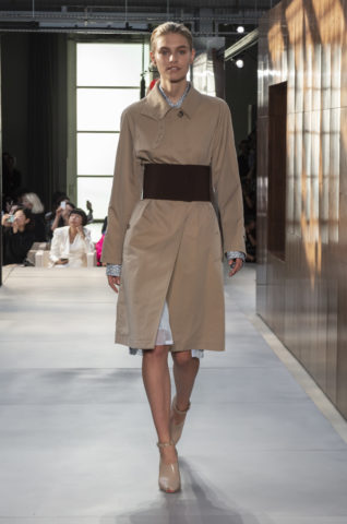 burberry-spring_summer-2019-collection-look-01