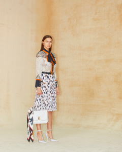burberry-autumn_winter-2020-pre-collection-look-1