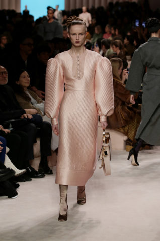 02_fendi_woman_fw_20_21