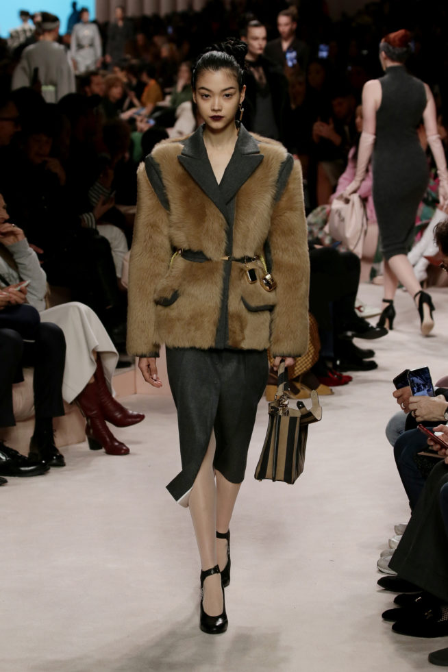 10_fendi_woman_fw_20_21