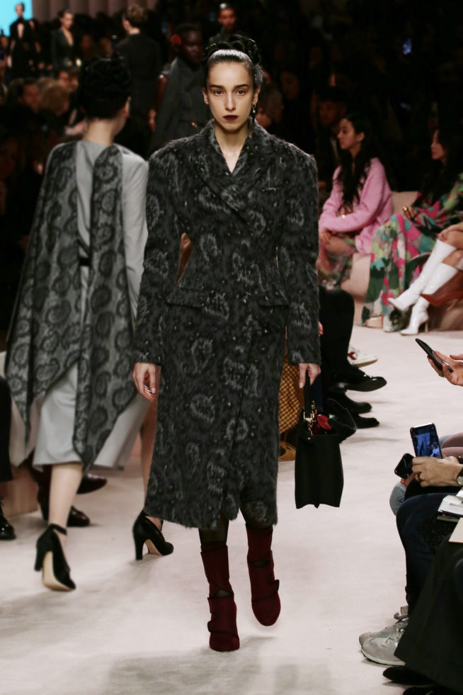 15_fendi_woman_fw_20_21