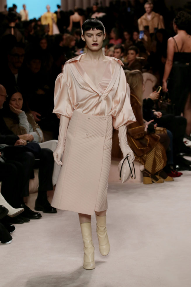 42_fendi_woman_fw_20_21