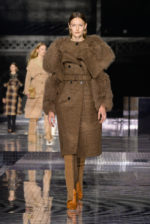 burberry-autumn_winter-2020-collection-look-1