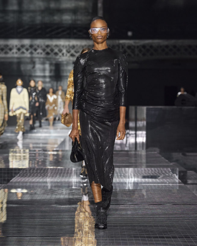burberry-autumn_winter-2020-collection-look-100