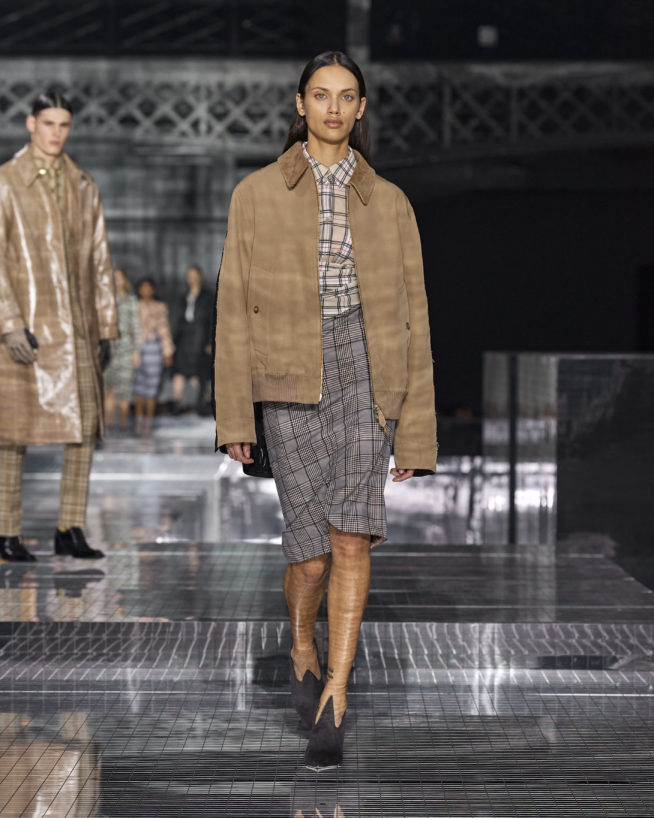 burberry-autumn_winter-2020-collection-look-17