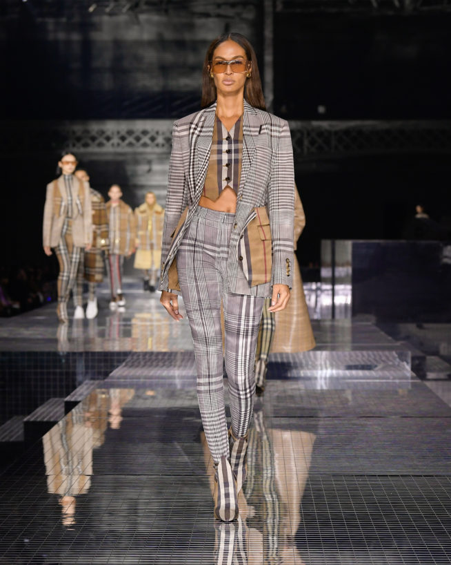 burberry-autumn_winter-2020-collection-look-44_001
