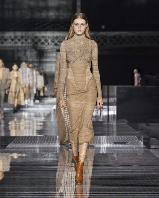 burberry-autumn_winter-2020-collection-look-54