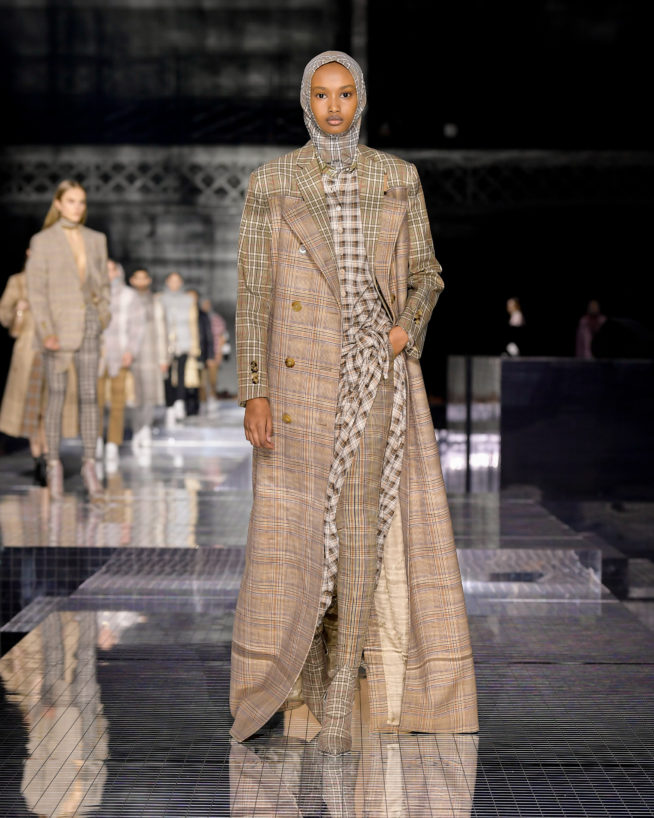 burberry-autumn_winter-2020-collection-look-55_001