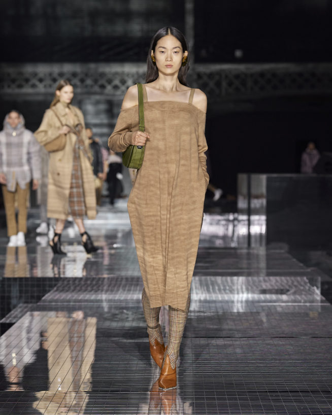 burberry-autumn_winter-2020-collection-look-56