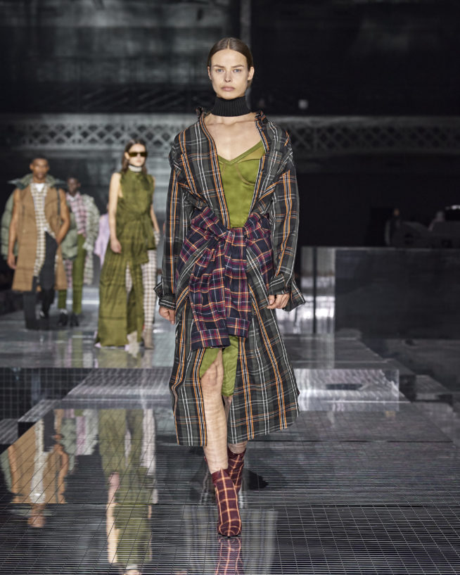 burberry-autumn_winter-2020-collection-look-75