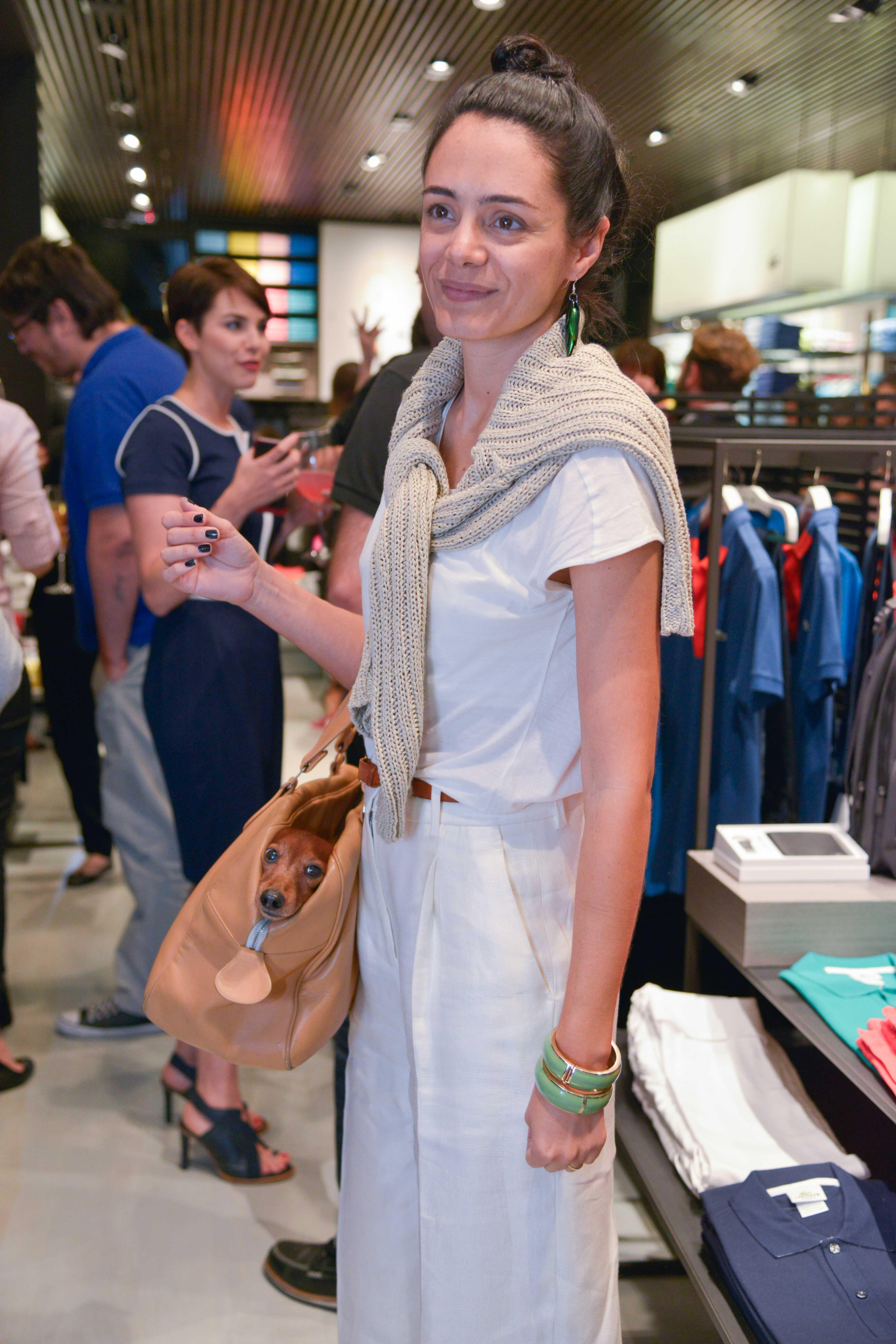 Galeria de Fotos Lacoste inaugura primeira loja-conceito no Brasil ... d3967885d6