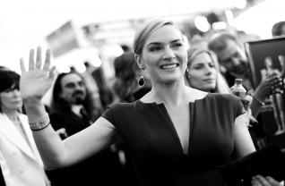 Kate Winslet no tapete vermelho do Sag Awards 2016 ©Getty Images