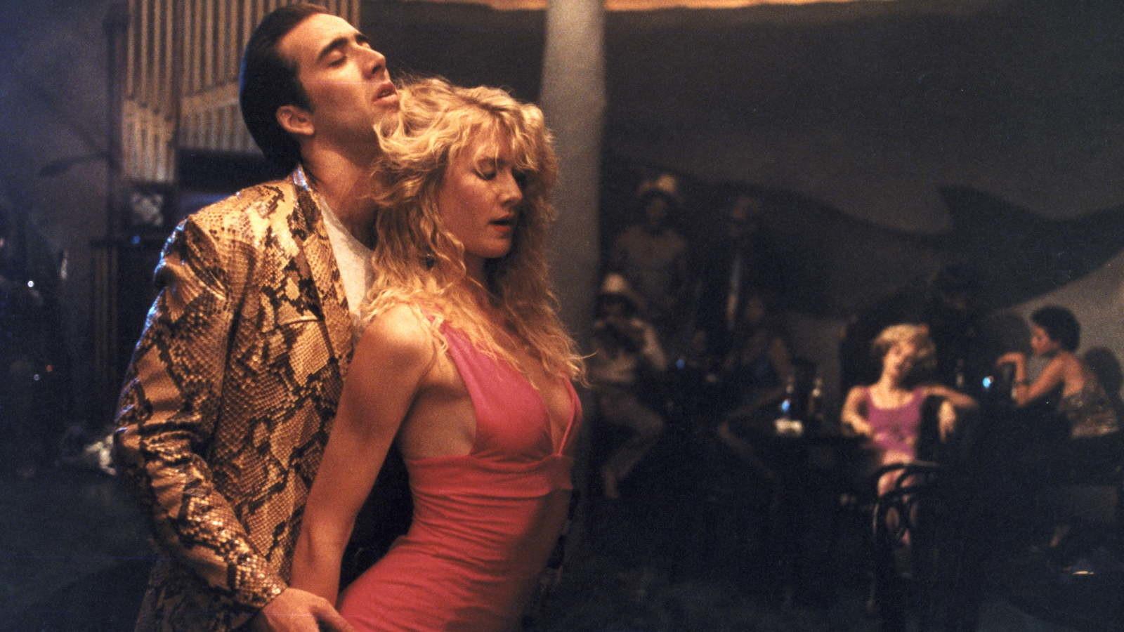 Nicolas Cage e Laura Dern em Coração Selvagem ©Reprodução