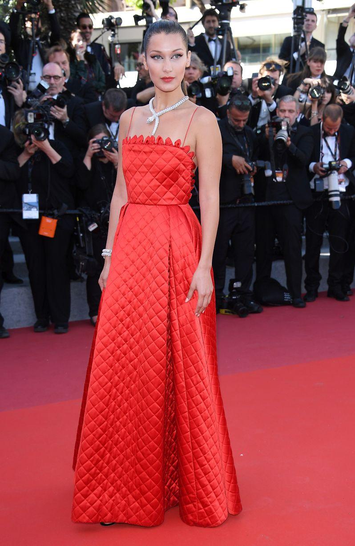 Cannes 2017 Veja Mais De 100 Looks Que Brilharam No Red