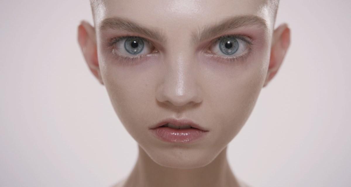 Galeria de Fotos Molly Bair, a modelo que está chamando a ...