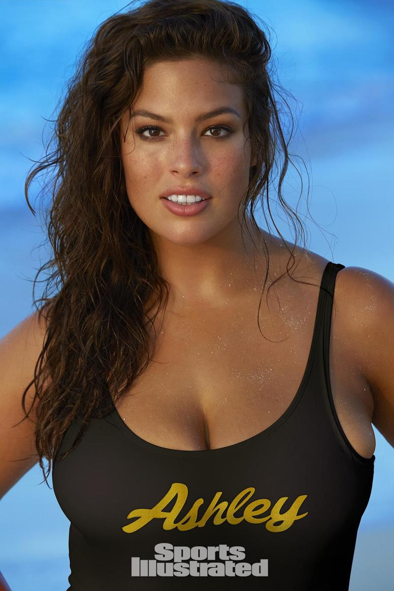 "Ashley Graham para ""Sports Illustrated"" ©James Macari/Reprodução"