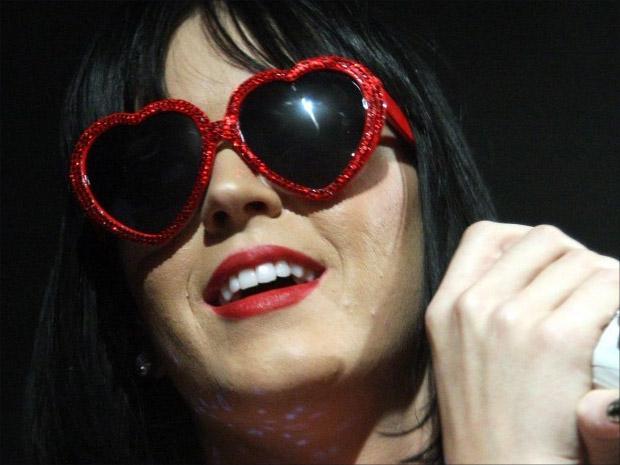 Desejo  marca de óculos fun é novo hit entre fashionistas    Notícias    FFW e94212e2e2