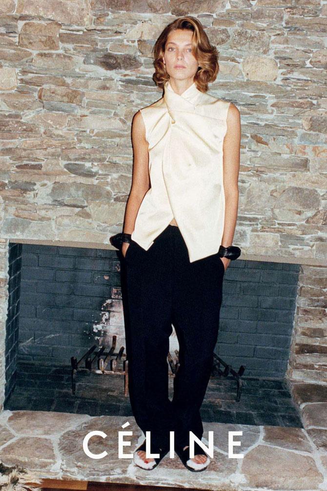 Galeria de Fotos Toque de Midas  entenda o que faz de Phoebe Philo a estilista  nº 1 do mundo hoje    Foto 1    Notícias    FFW 869889a504