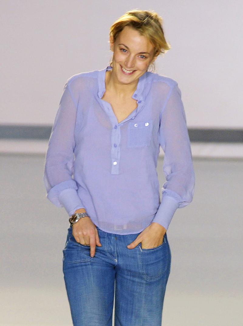 Galeria de Fotos Toque de Midas  entenda o que faz de Phoebe Philo a estilista  nº 1 do mundo hoje    Foto 16    Notícias    FFW 81ad854901