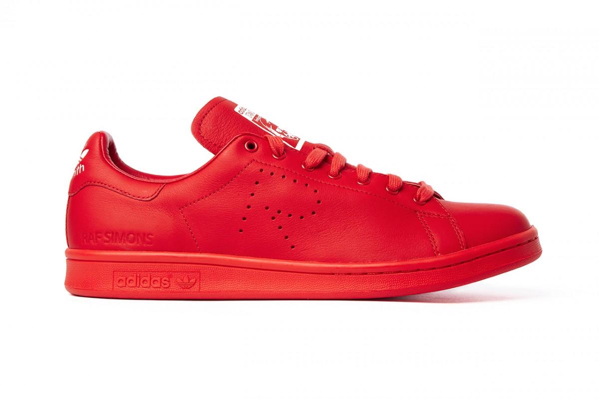 Parceria: Raf Simons e Colette assinam novas versões de tênis clássicos da Adidas