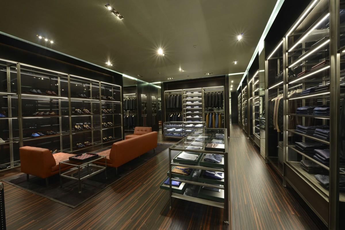 f90c10a923149 Prada inaugura loja no shopping Cidade Jardim em São Paulo    Notícias     FFW