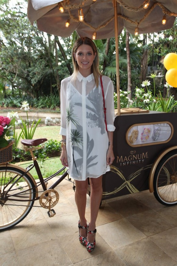 Quanto as blogueiras ganham Helena bordon