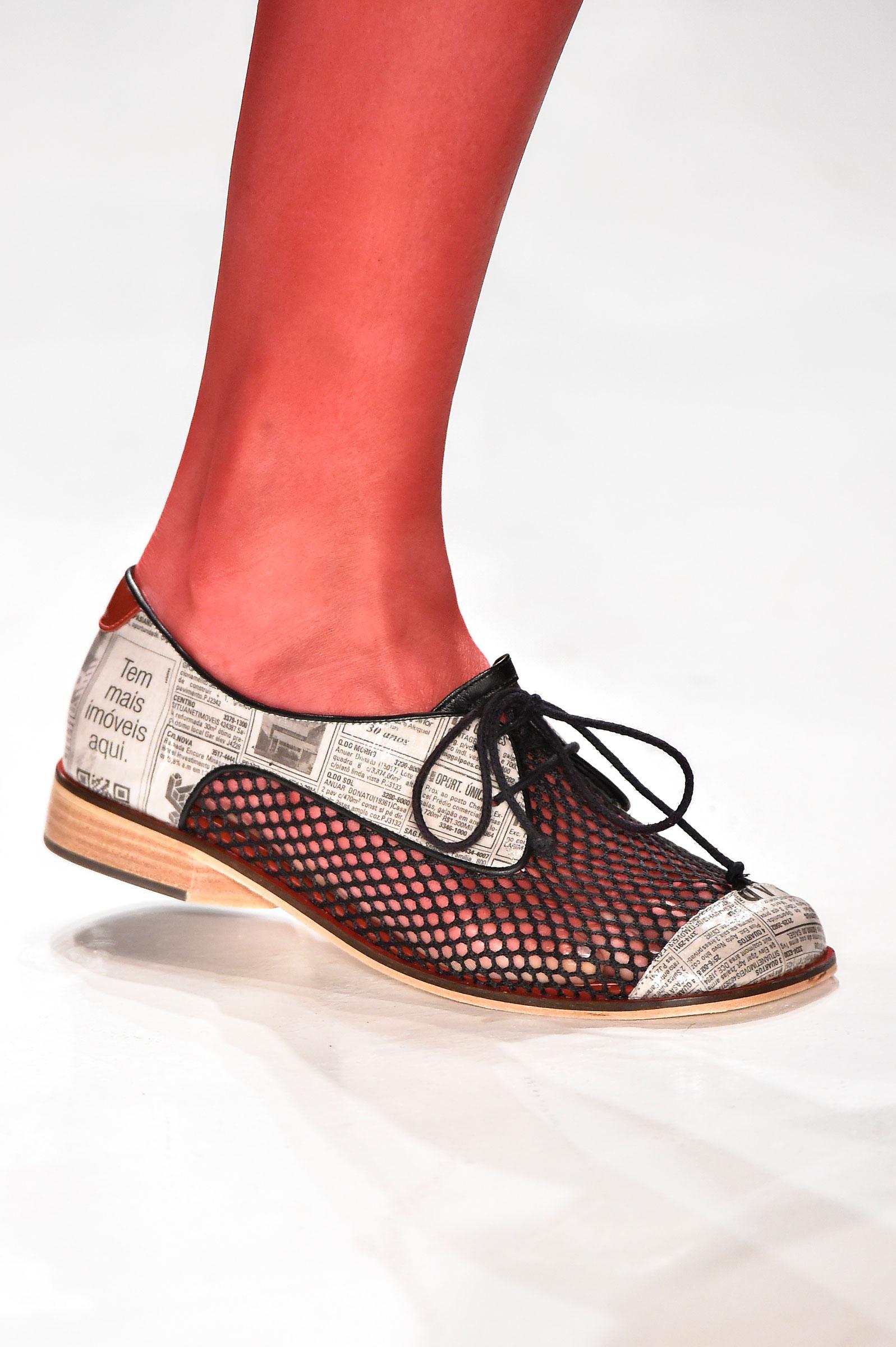 e51ee4222 Galeria de Fotos Acerte o passo: os melhores sapatos nas tendências mais  quentes do SPFW // Foto 32 // Notícias // FFW