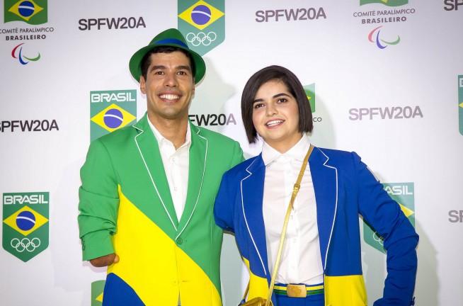 78d985c6a32 Amapô apresenta uniformes do Pan-Americano durante SPFW    Notícias ...