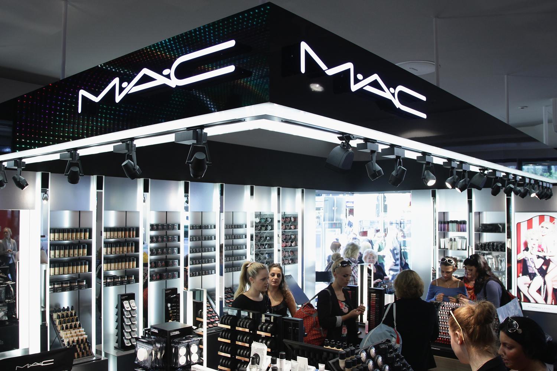 Где купить косметика mac ростов avon black suede touch цена