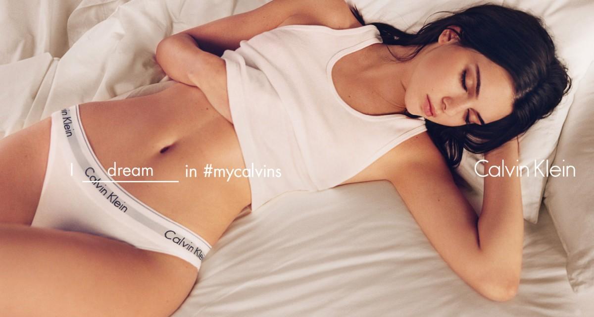 Calvin Klein reúne nova geração de artistas e modelos em campanha. Kendall  Jenner, na nova campanha da Calvin Klein, Verão 2016 6c5b05d8b8