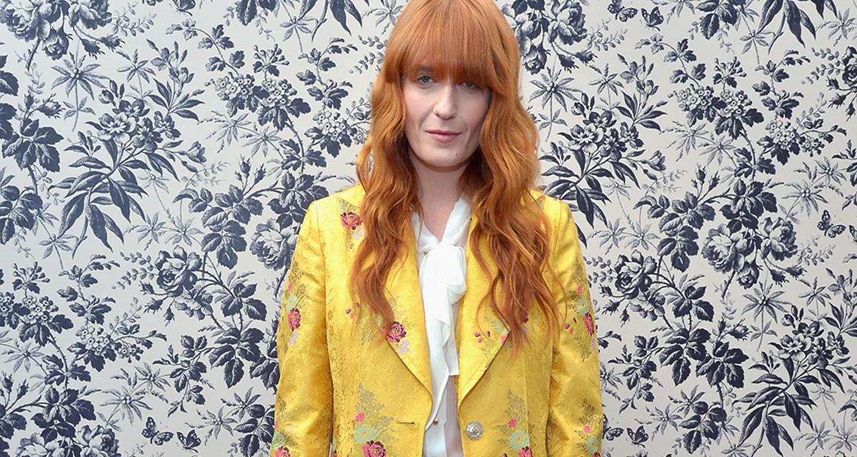A cantora Florence Welch no dia que se tornou embaixadora da linha de joias e relógios da Gucci ©Getty Images