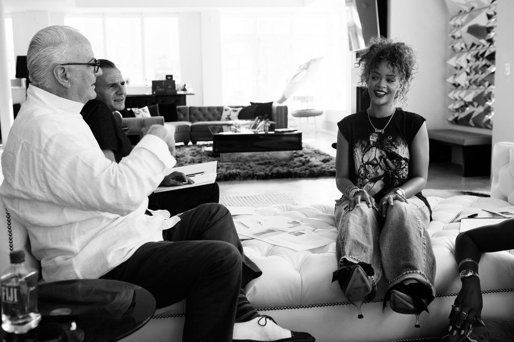 Manolo Blahnik e Rihanna. Foto ©Reprodução