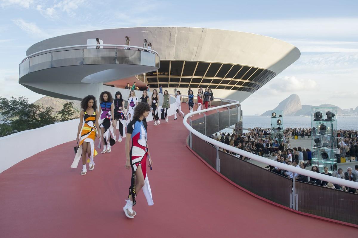Louis Vuitton, Cruise 2017 ©Agência Fotosite