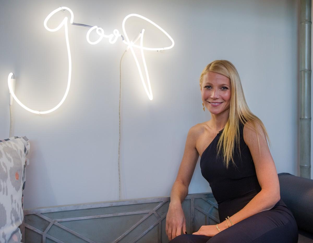 """Gwyneth Paltrow e sua """"Goop"""" que promove o bazar anual de celebridades ©Reprodução"""