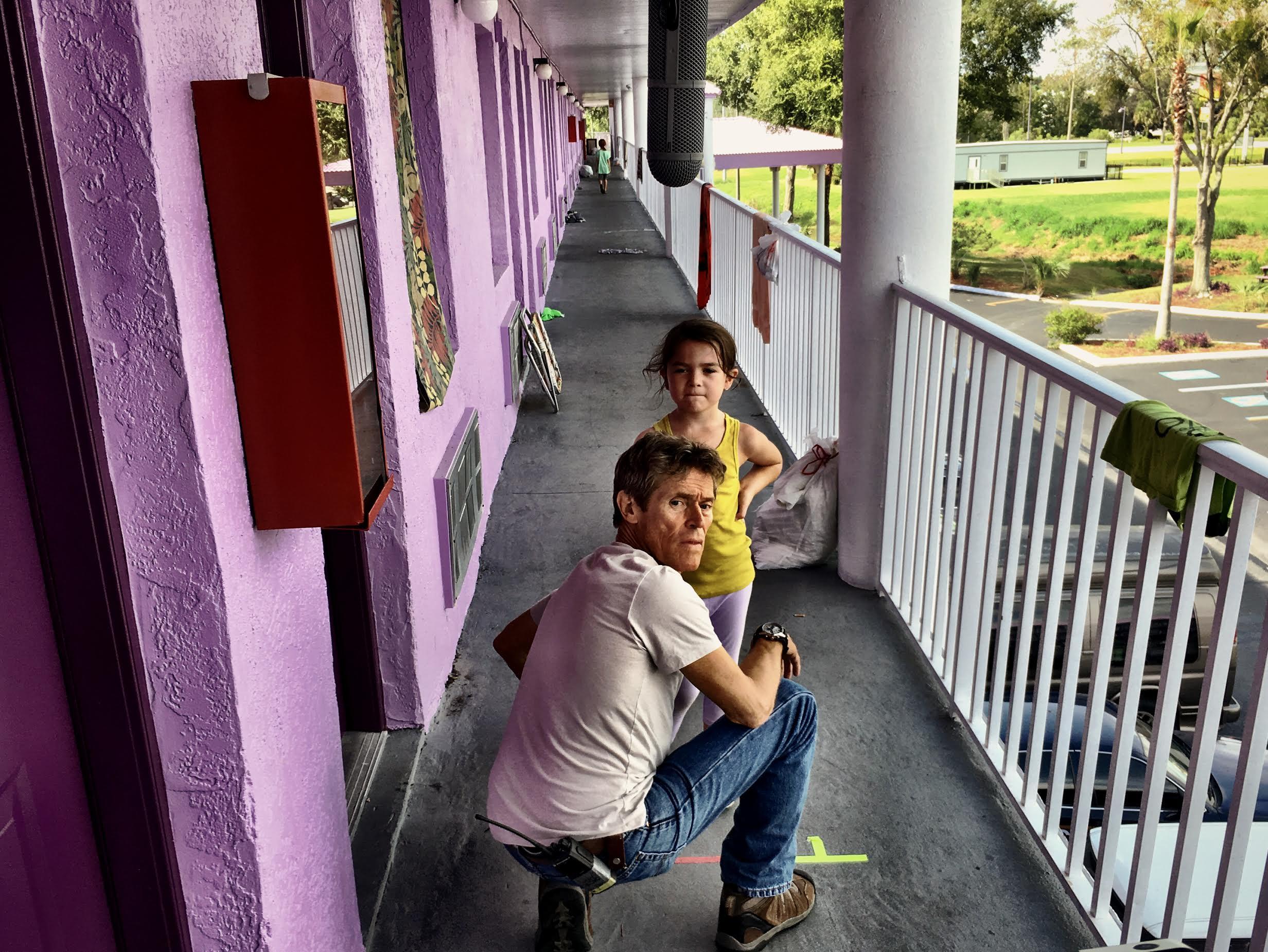 Willem Dafoe em cena de The Florida Project ©Reprodução